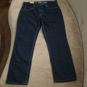 NWT Urban Pipeline relaxed fit straight leg jeans